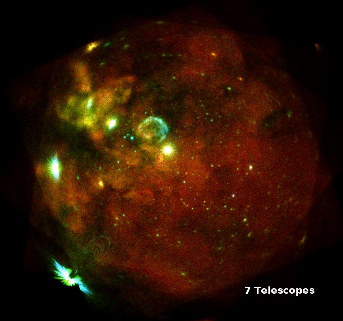 Die Große Magellansche Wolke (LMC), beobachtet in mehreren Einzelaufnahmen mit allen sieben eROSITA-Teleskopmodulen